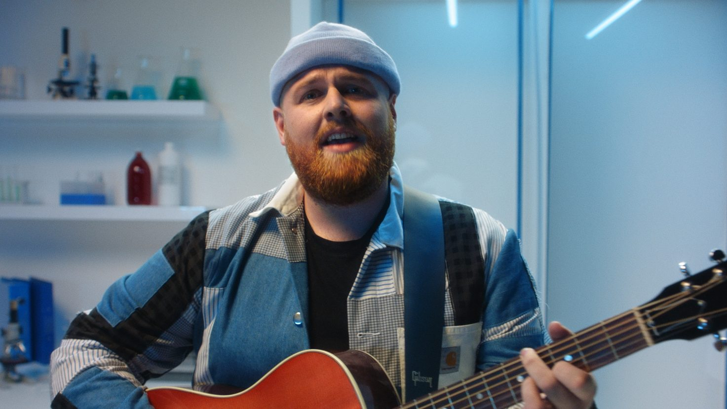 Tom Walker – Better Half Of Me