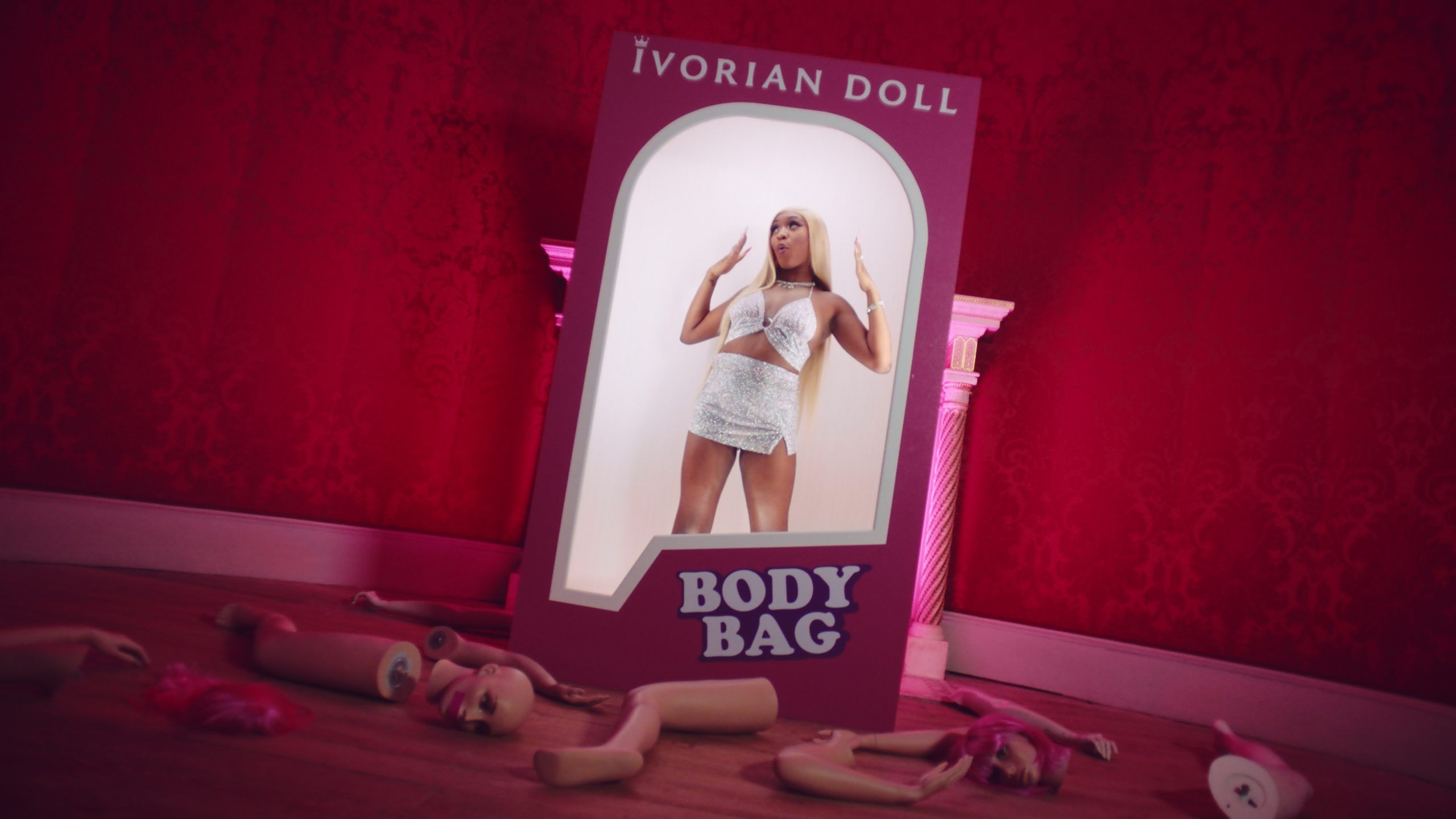 Ivorian Doll – Body Bag